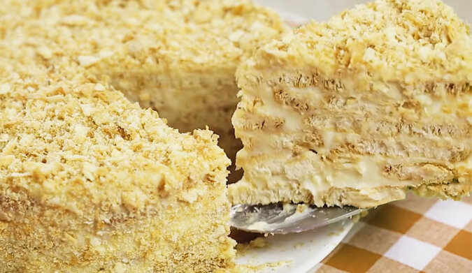 """""""Napoleon"""": szybki tort bez pieczenia"""