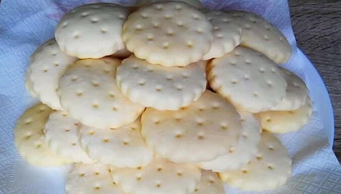 Pyszne ciasteczka maślane Galette: lekkie i delikatne