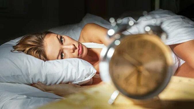 Bezsenność: dlaczego występuje, co robić? Odpowiada endokrynolog