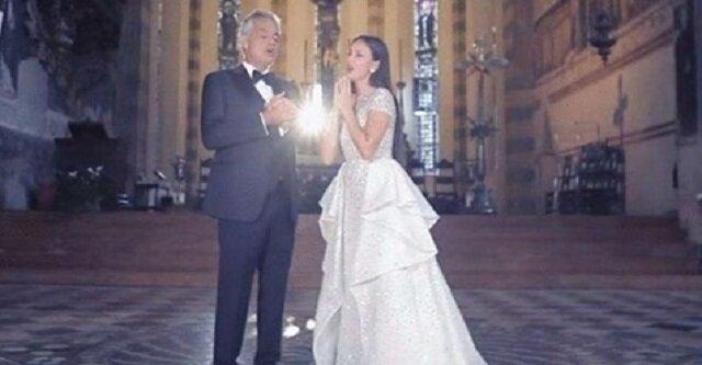 """Andrea Bocelli i Aida Garifullina - """"Ave Maria pietas"""" - niesamowity teledysk nakręcony w starym kościele w Weronie"""