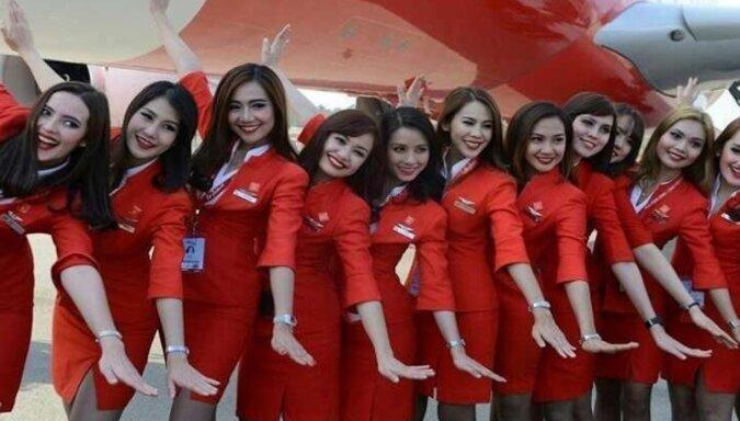 Tak wyglądają stewardesy różnych linii lotniczych