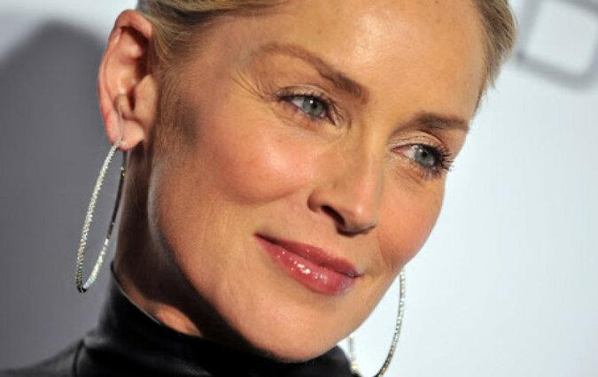 """Niesamowita Sharon Stone: """"Nie chcę ukrywać swojego wieku"""""""