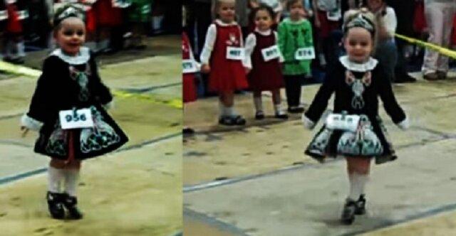 Trzylatka tańczy irlandzki taniec tak, niby fruwa w powietrzu