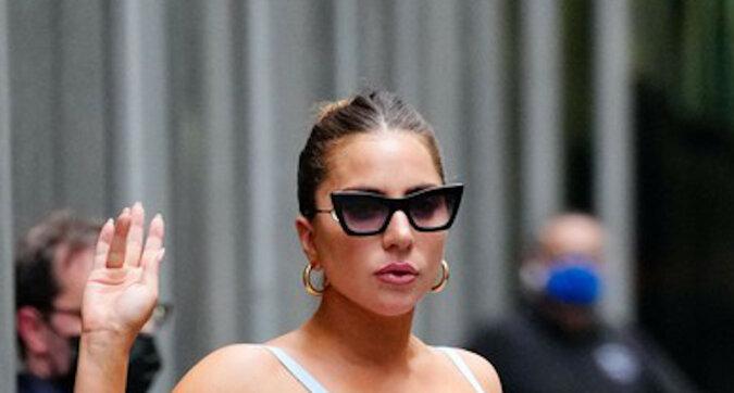 Cuda ekwilibrystyki: Lady Gaga znów spaceruje po Nowym Jorku w butach, na których nie można nawet stanąć