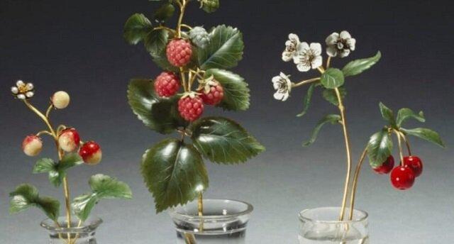 Arcydzieła biżuterii - kamienne kwiaty Faberge