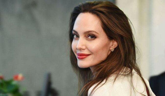 9 najpiękniejszych i najbardziej znanych kobiet na świecie bez makijażu