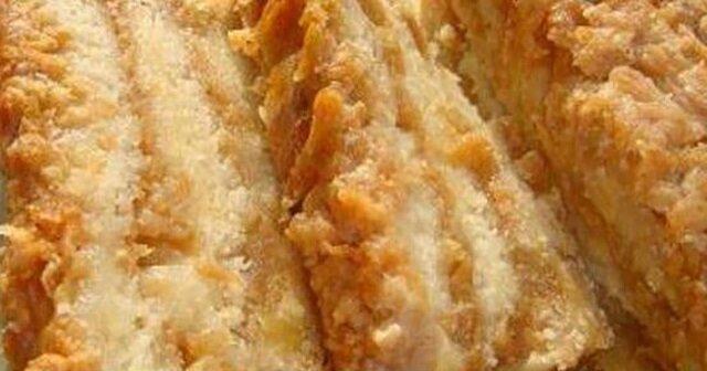 Bułgarskie ciasto z jabłkami. Pyszny i delikatny jabłecznik z kaszą manną