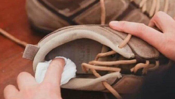Jak w najprostszy sposób pozbyć się zapachu z butów