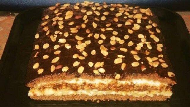 """Ciasto """"Domowe"""". Wykonuje się łatwo i z prostych składników, a co najważniejsze zaskakuje smakiem"""
