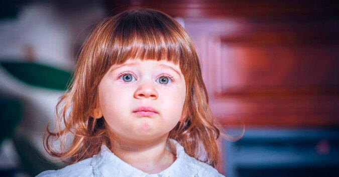 Tata porzucił dziewczynkę, która trafiła do sierocińca. Lata później zabrała stamtąd małą dziewczynkę