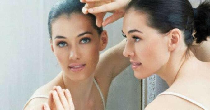 7 codziennych nawyków, które sprawiają, że kobieta wygląda o wiele starzej