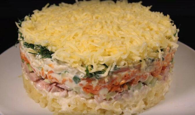 Przepis na sałatkę warzywną z mięsem