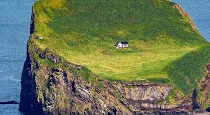 """Ujawniono tajemnicę """"najbardziej samotnego"""" domu na świecie. Zdjęcia"""