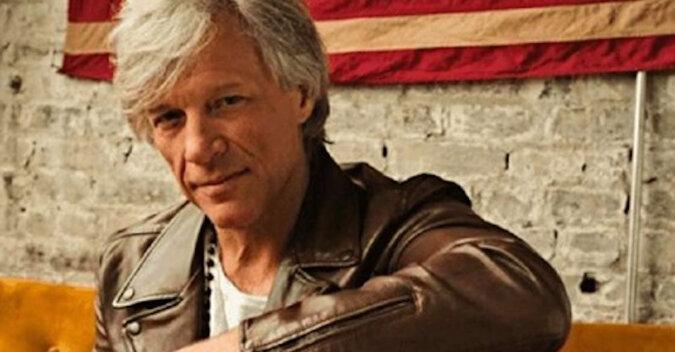 Jon Bon Jovi przekazał bezdomnym 500 000 dolarów. Oto, co można na nich zrobić