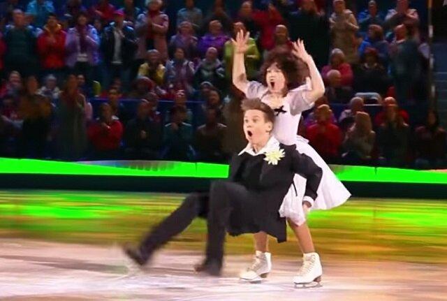 Niezapomniany i porywający taniec Poliny i Mirona na lodzie