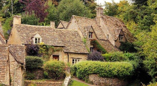 Najbardziej bajeczna i najpiękniejsza stara wieś w Wielkiej Brytanii: Bibury
