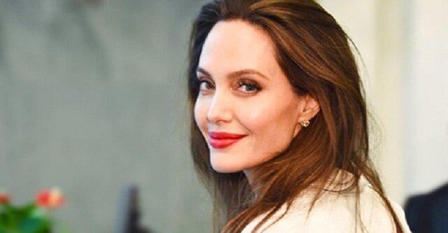 W nowej roli Angelina Jolie stała się blondynką