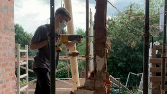 Co się stanie w przypadku zaniedbania bezpieczeństwa na budowie? Wideo