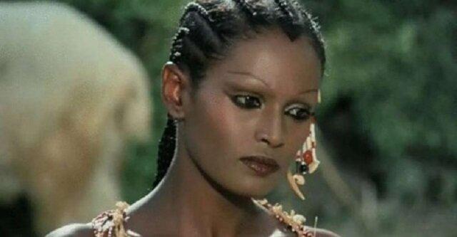 """Zeudi Araya to najpiękniejszy """"Piętaszek"""" Robinsona. Jaką stała się aktorka po 43 latach"""