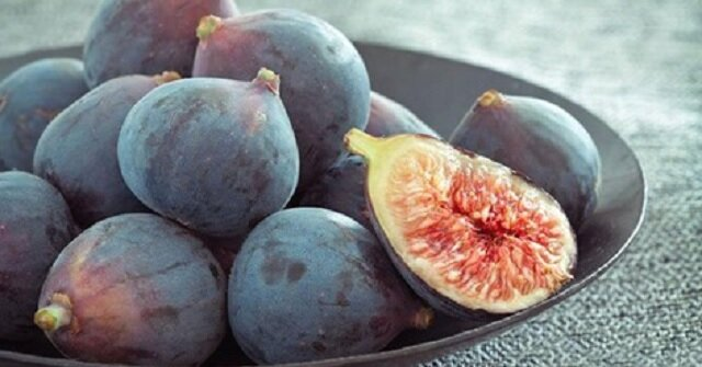 7 owoców bogatych w żelazo, które zapobiegają anemii