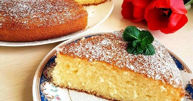 Słodkie ciasto na kefirze. Proste, szybkie i pyszne ciasto do herbaty