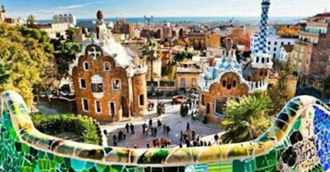 Parc Guell: najpiękniejsza atrakcja Barcelony