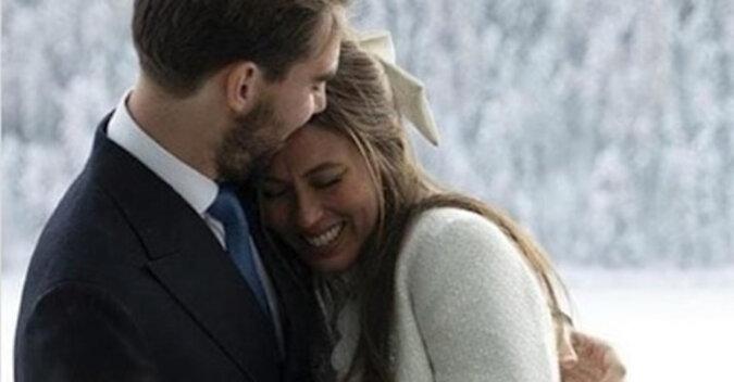 Książę Grecji poślubił córkę miliardera, ale suknia panny młodej zaskoczyła wszystkich