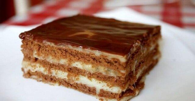 Tort czekoladowo-bananowy bez pieczenia w 15 minut