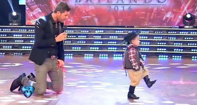 Dwuletni tancerz podbił publiczność i sędziów niesamowitym poziomem umiejętnośc